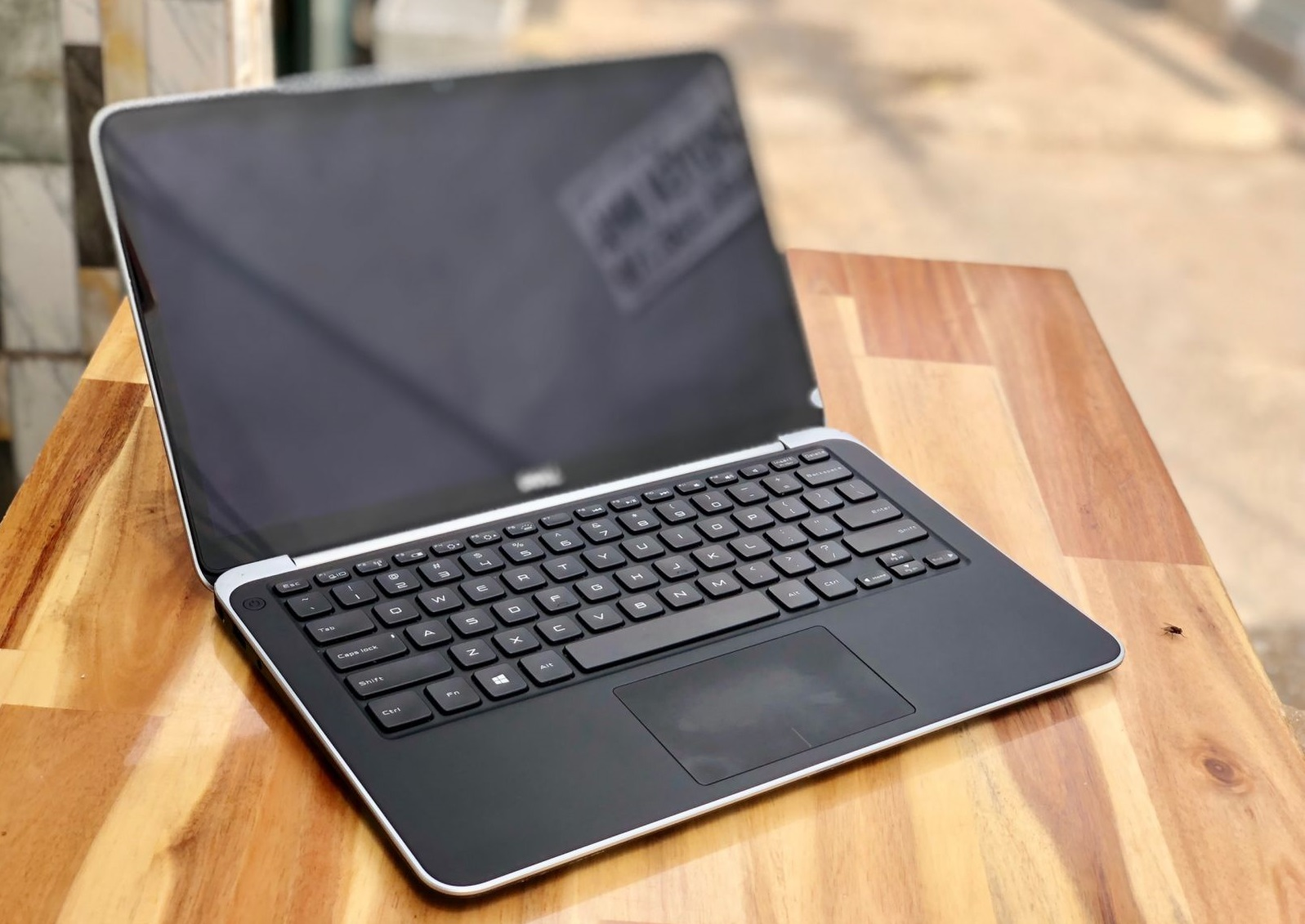 bán laptop dell xps 9333