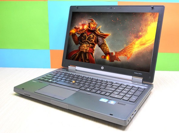 Hp EliteBook 8560W i7 / 8G / 320G / NVIDIA 1000M