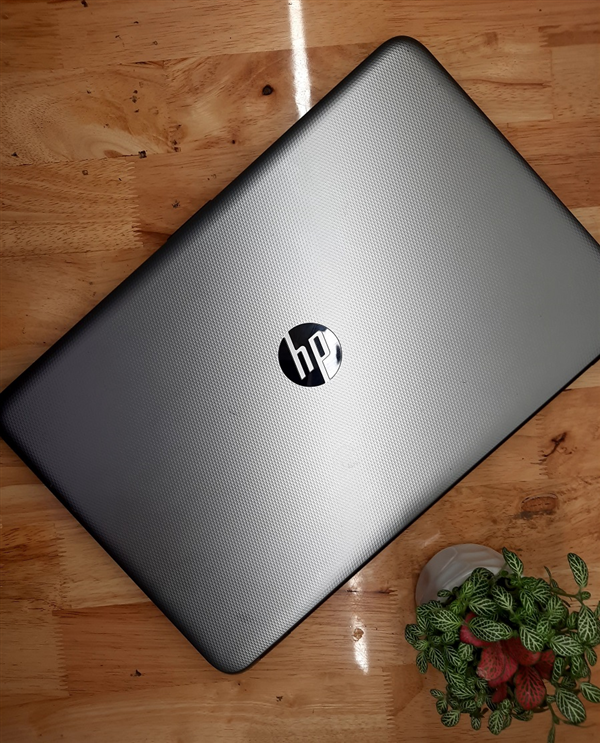 Laptop HP Notebook 15-AC671TX core I7